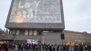 Y-blokka i regjeringskvartalet skal rives i oktober