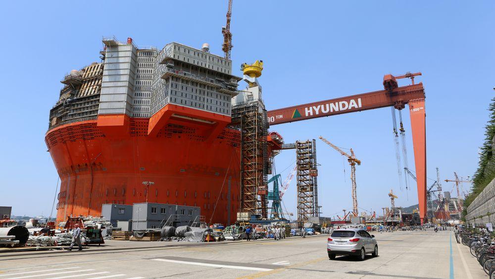 Her, på Hyundai Heavy Industries offshoreverft i Ulsan, Sør-Korea, ble Goliat bygget. Problemene var enorme, og vekten på den flytende produksjons-, lagrings og losseenheten økte så dramatisk at det ble nedsatt en egen arbeidsgruppe for å få redusert vekten.