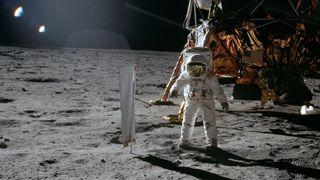 Neste steg videre fra månen blir å hente prøver fra Mars