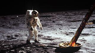 Slik reiste astronautene til Månen: Se bilder og 3D