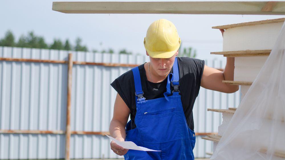 Leder i byggefirma fakturerte for 97 millioner kroner. Nå venter en fengselsstraff på 2 år.