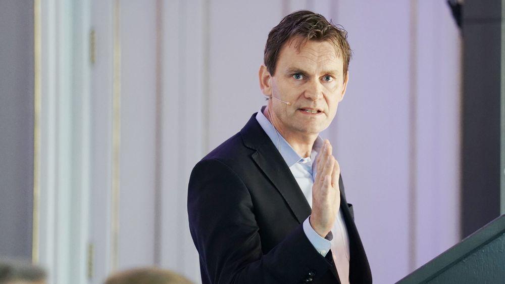 Gjødselindustrien kan få den største teknologiske nyvinningen de neste årene, tror Nel-sjef Jon André Løkke.