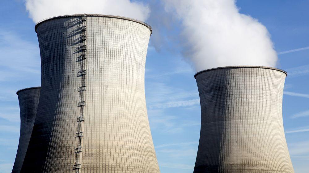 To atomreaktorer i Frankrike må stenge fordi det er for varmt i været.