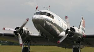 Douglas_C-53D_Dakota_LN-WND_Dakota_Norwa