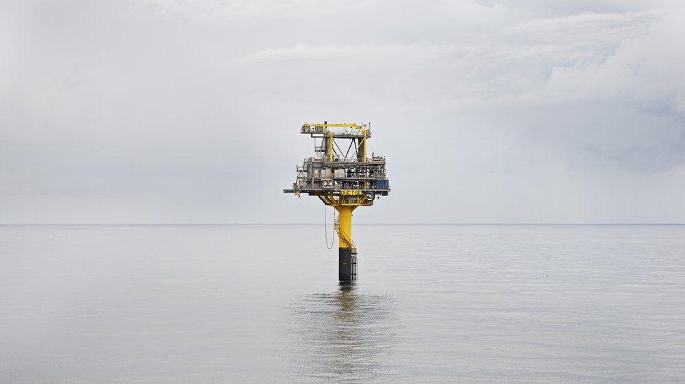 En ubemannet brønnhodeplattform på Tyra Sydøst-feltet, som er knyttet til Tyra-feltet i Danmark - et av feltene Noreco nå blir deleier i.