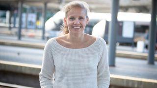 Hun hjelper norske togpendlere å spare verdifulle minutter hver dag