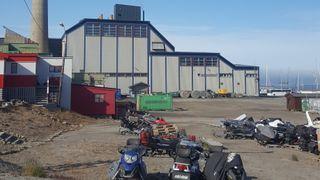 Store forskjeller i energibehovet sommer og vinter skaper problemer for Svalbard. Det vil de løse med en batteripark