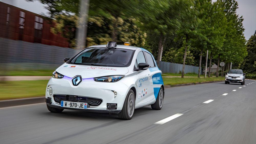 Amerikanske bileiere er skeptisk til førerløse biler. Her fra en autonomt eksperiment i Frankrike: Den førerløse elektriske bilen Renault Zoe.