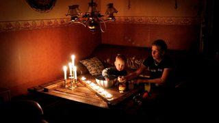 NVE: Folk bør få 40 kroner per time uten strøm. Og det skal skje automatisk