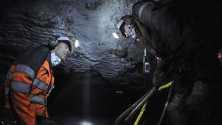 Gruveselskap skal utvinne kull i 20 nye år på Svalbard