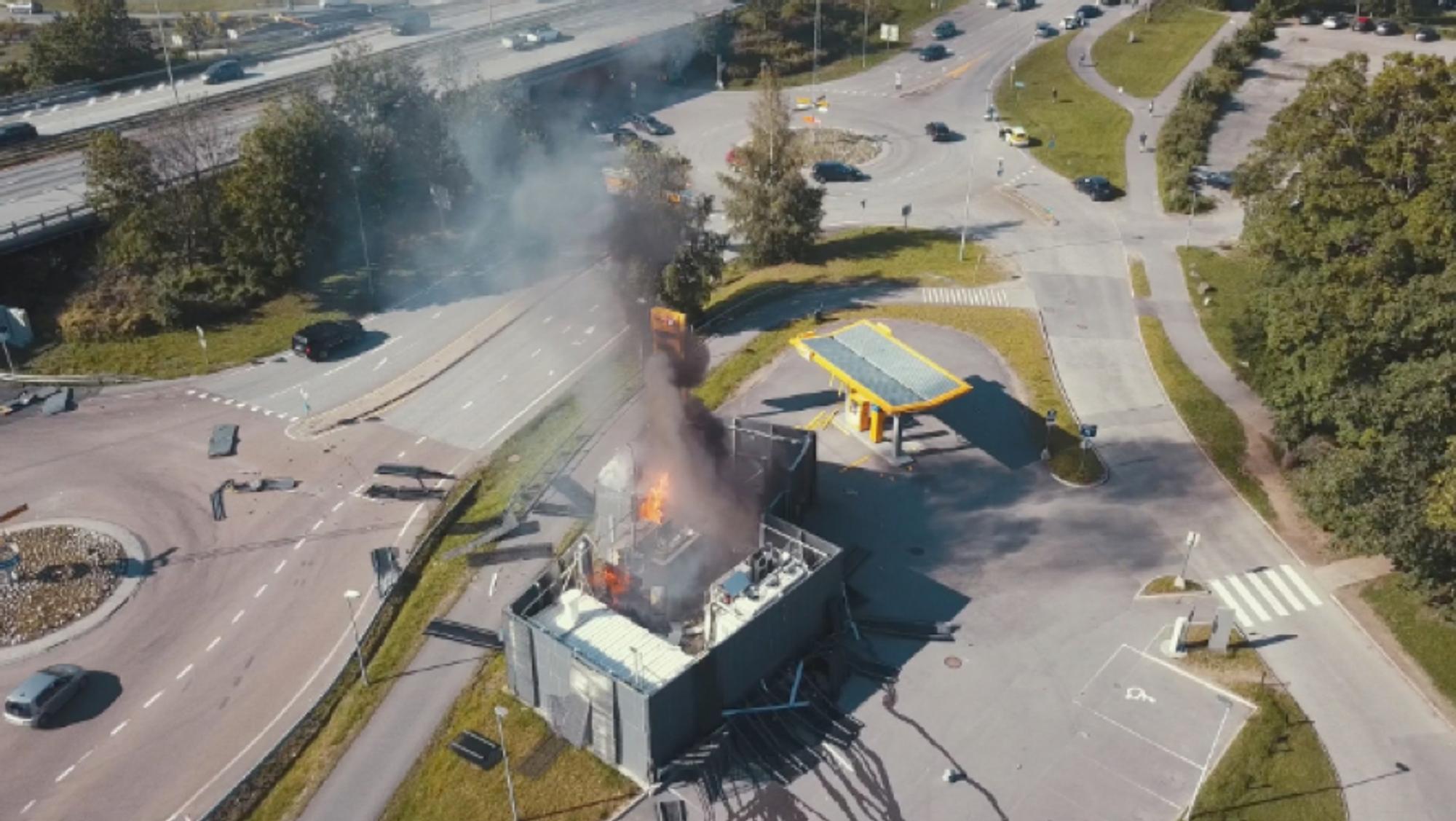Uno-X går ut av samarbeidet om hydrogenfyllestasjoner etter fjorårets eksplosjon ved stasjonen i Sandvika.