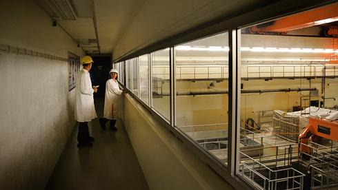 Om to uker er det slutt: Svenskene strømmer til for å se det svenske kjernekraftverket fra innsiden