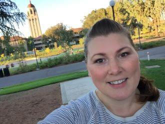 Selfie fra Stanford University der Oda Ellingsen var gjesteforsker høsten 2016 i forbindelse med doktorgraden.