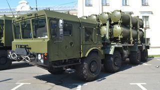 Russerne oppgraderer: Nytt kystmissilsystem på grensa mot Norge