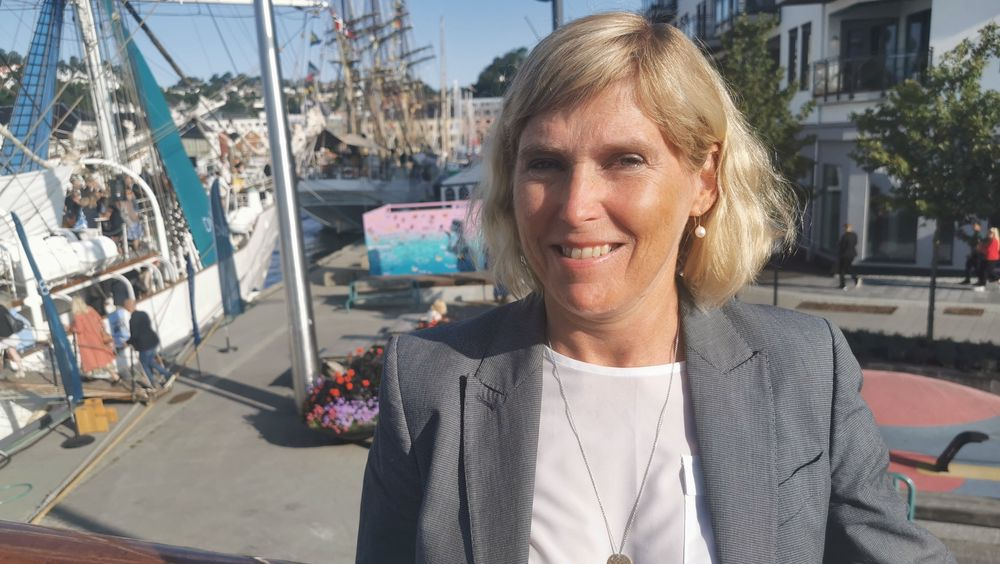 Gassnova-direktør Trude Sundset, her om bord på M/S Sandnes tirsdag morgen. Hun mener månelandingen på Mongstad var en suksess, selv om det ikke ble som planlagt.