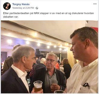 Torgny Hasås drikker øl med Ap-lederen.