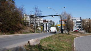 Regjeringen vil fjerne bomstasjoner på sideveier