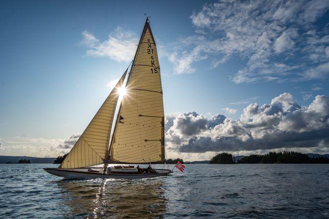 """""""Ambition"""" er konstruert av Johan Anker, som for øvrig må kunne sies å være et bra navn for en båtmann."""