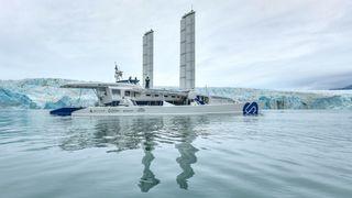 Energy Observer på vei til og ved Svalbard, august 2019