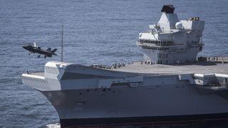 Japan skal bygge spretthopp på to skip og gjør klart for nybestilte F-35B