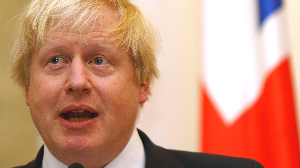 Nervøsiteten for følgene av Brexit øker over hele den britiske øya. Statsminister Boris Johnson møtes med kalde skuldre på sin turné i Europa.