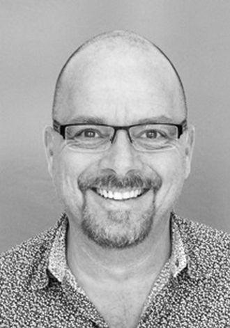 Britiske Jason Martin er ledende ingeniør i Fresco Motors.