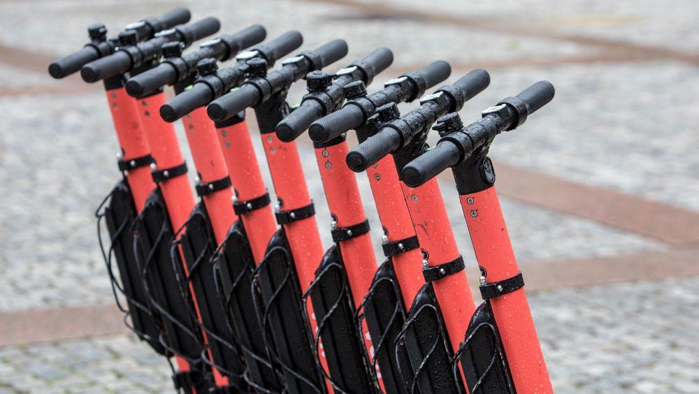 337 personer har skadet seg på elsparkesykkel i hovedstaden fra april til og med juli. 21 av dem alvorlig.