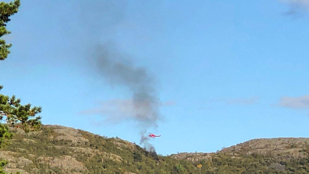 Alle om bord i helikopteret omkom, bekreftet politiet søndag morgen. I tillegg til piloten var det fem unge personer i 20-årene fra Alta om bord da ulykken fant sted.