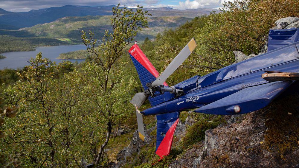 Halepartiet på H125-helikopteret  i en fjellside ikke langt unna Kvenvikvannet i Alta. Dette beskrives av SHT som et kompakt, men komplisert ulykkessted.
