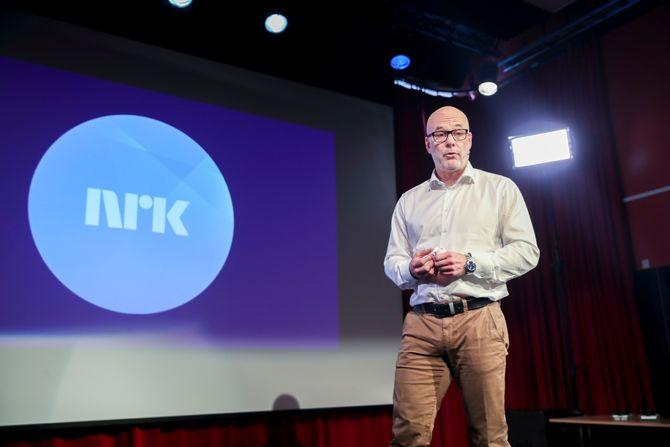 I august så nordmenn mellom 10 og 79 år i snitt 92 minutter TV hver dag. Det er 16 minutter mindre enn i samme måned i fjor. I bildet: Kringkastingssjef Thor Gjermund Eriksen.
