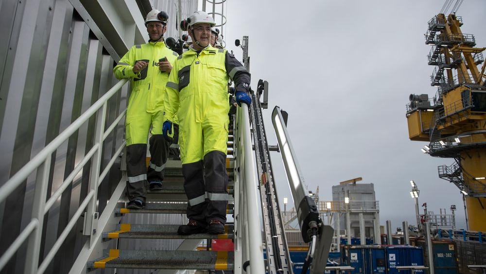 Interessen for å drive oljeutvinning på norsk sokkel er svært høy, mener olje- og energiminister Kjell-Børge Freiberg (Frp). Men antallet selskaper som har søkt om på få tildelt leteblokker har ikke vært lavere de siste 14 årene.