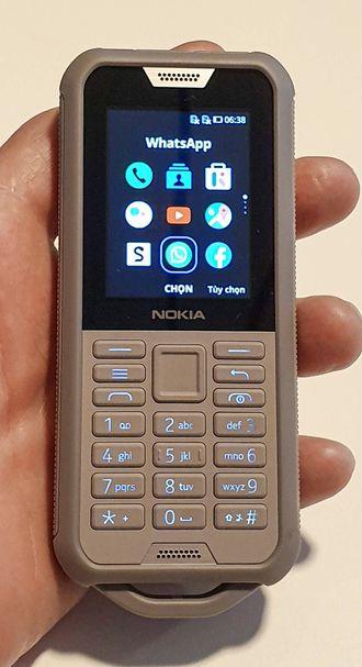 Tøff: Nokia 800 Tough tåler en støyt, og den er billig.
