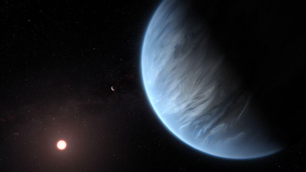 Det er oppdaget vanndamp i atmosfæren på den beboelige planeten K2-18b i et annet solsystem.