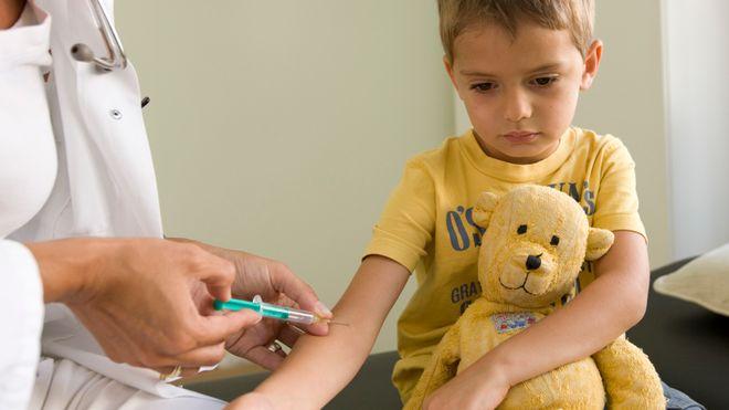 Et barn får minst 16 doser i dag: Forskerne drømmer om én vaksine for alt