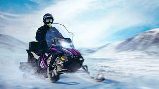 Dramatiske klimaendringer på Svalbard: elscooter og elbåt skal bidra til å snu trenden