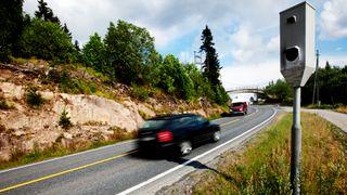 Snittmåling av fart har halvert antall ulykker. Nå sier departementet stopp