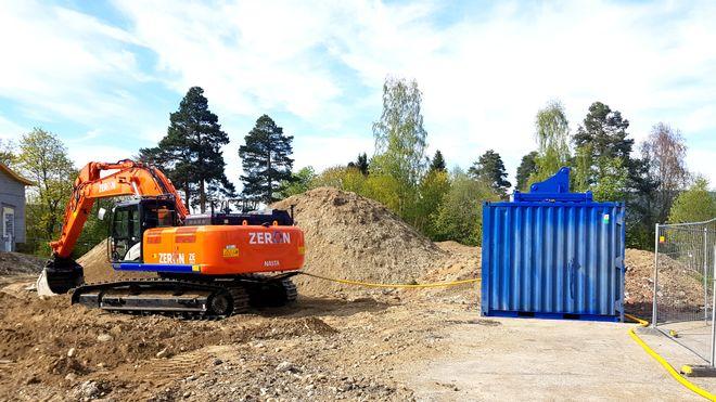 Japansk gigant utvikler elektriske gravemaskiner i Norge. Første versjon kan grave 1 time på batteri