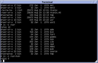 Version 6 Unix som kjører på en PDP-11-simulator.