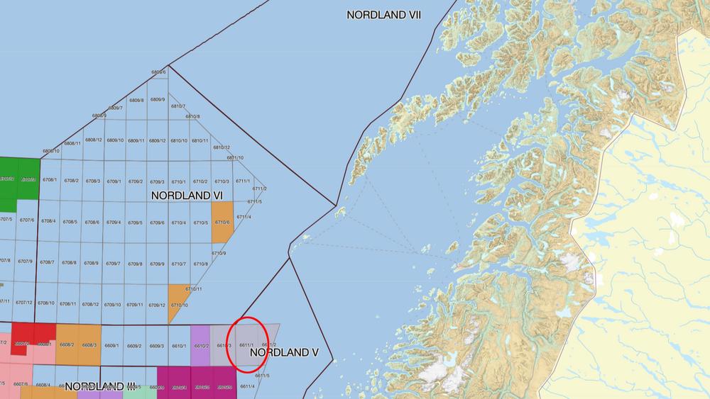 6611/1-blokken (rød ring), der Toutatis-brønnen skal bores, ligger ved inngangen til Vestfjorden I Lofoten.