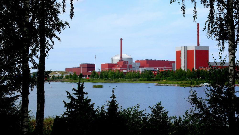 Neste år åpner finnene sitt nye kjernekraftvek basert på en avansert såkalt tredjegenerasjons teknologi. Anlegget vil produsere 1600 MW. Noen år etter er planen å åpnet ett til på 1200 MW. Anleggene er henholdvis basert på tysk og russisk teknologi.