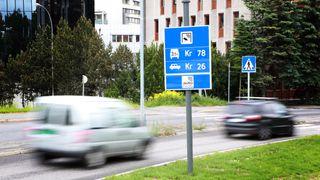Ny rapport foreslår å fjerne bompenger, fergebilletter og bilavgifter