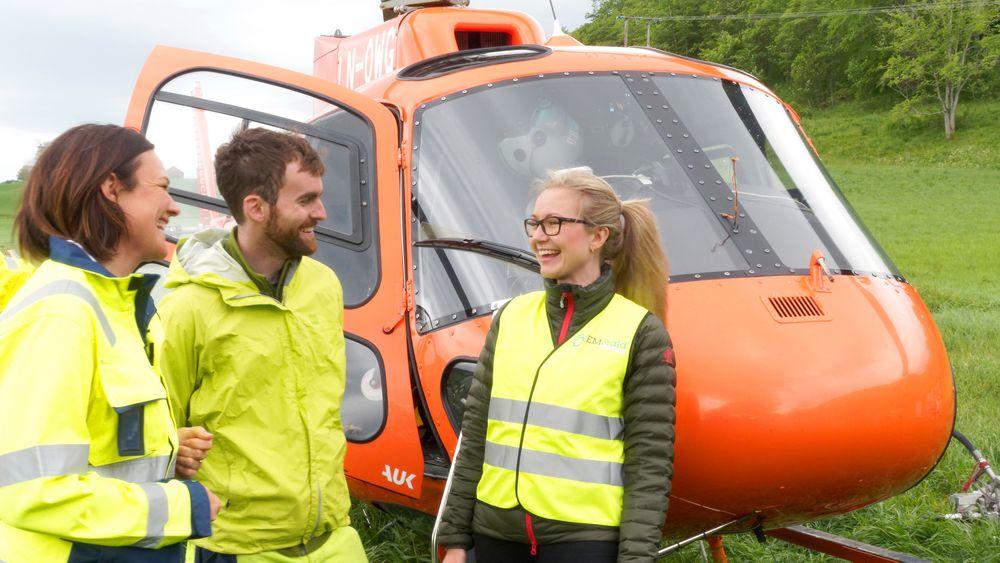 Kari Charlotte Sellgren fra Nye Veier, Craig Christensen og Guro Huun Skurdal fra Emerald Geomodelling hadde høye forventninger før testflygningen startet i Stjørdal.