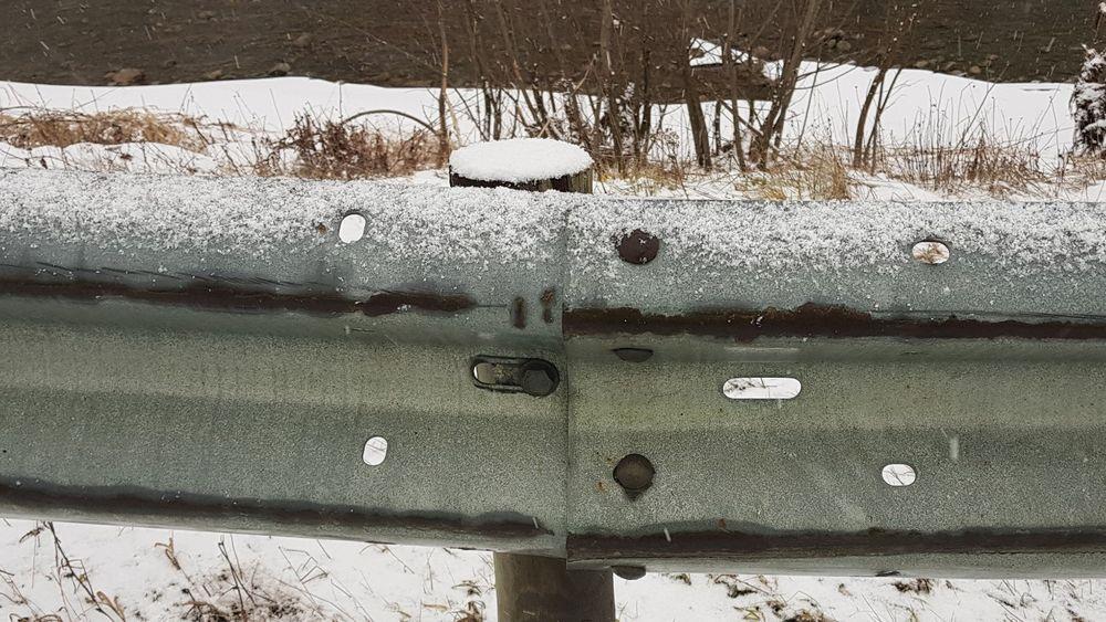Mens Vegdirektoratet meldte at alle manglende bolter var rettet fant Vegtilsynet 1700 manglende bolter i stikkprøven.