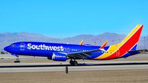 N8712L_Southwest_Airlines_Boeing_737-8_M