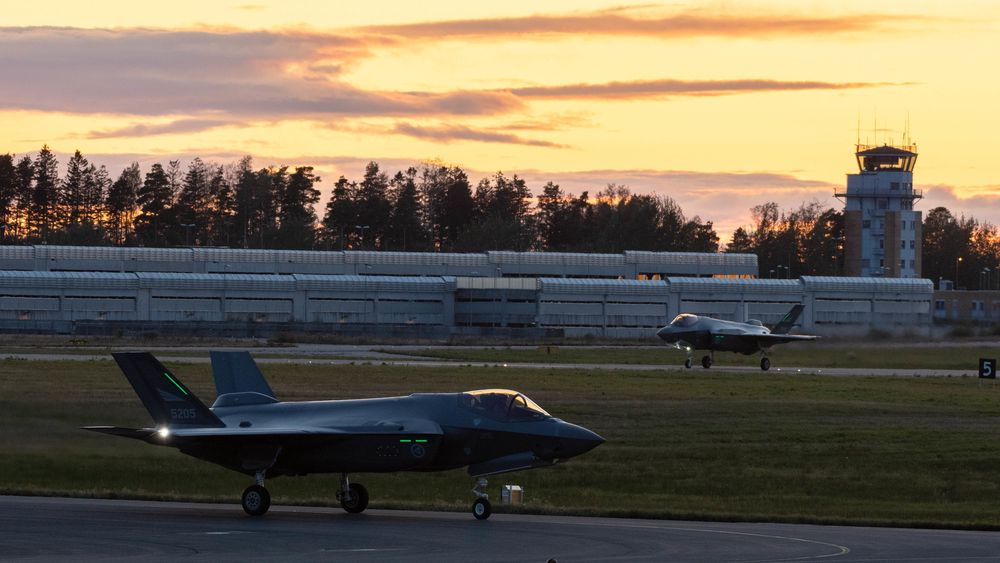 F-35A kampfly landet for første gang på Luftforsvarets base Rygge, 17 september 2019.