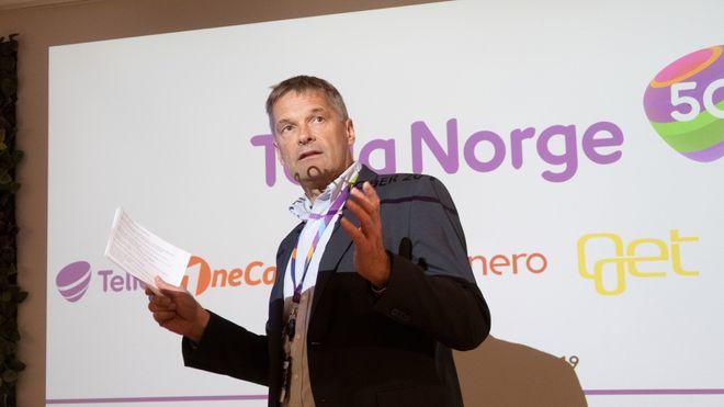 Abraham Foss avbildet under pressekonferanse om 5G i Norge i oktober 2019.