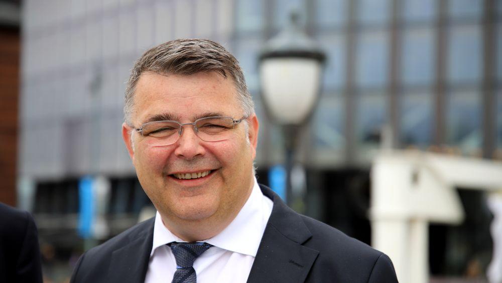 – Dette er en dag som kommer til å stå igjen som helt avgjørende, sier olje- og energiminister Kjell-Børge Freiberg (Frp).