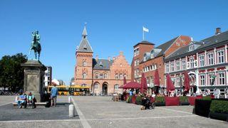 I denne danske byen skal innbyggerne varme seg på havvann og trefliser