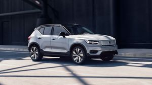 259209_Volvo_XC40_Recharge_P8_AWD_in_Gla