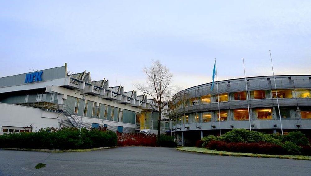 I alt er 300 kvadratmeter berørt av lekkasjen i det gamle NRK-bygget på Minde i Bergen.